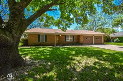 1305 WESTHILL LN, Coleman, TX 76834 - Photo 2