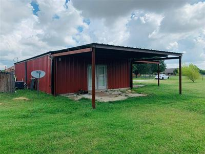 284 CHOCTAW EST CIR, Sherman, TX 75092 - Photo 2