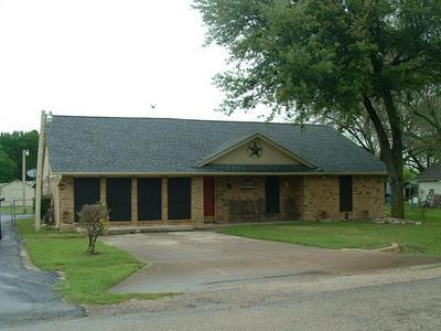 129 TRACY DR, WAXAHACHIE, TX 75165 - Photo 1