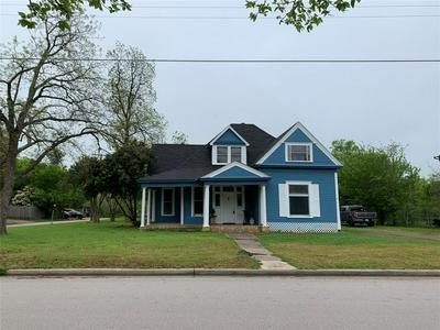 628 E ELM ST, HILLSBORO, TX 76645 - Photo 2