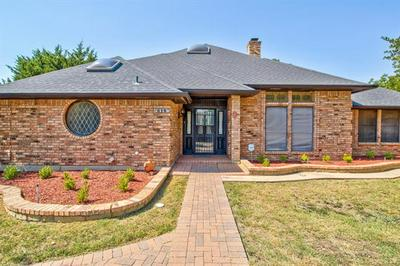 815 SHADY CREEK DR, Kennedale, TX 76060 - Photo 2