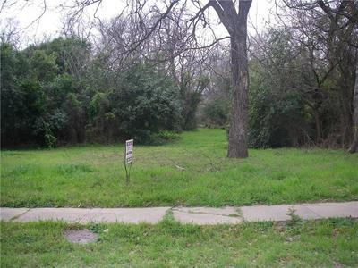 221 S PRICE ST, HAMILTON, TX 76531 - Photo 1
