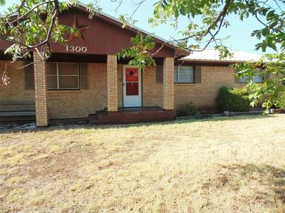 1300 BAILEY ST, Coleman, TX 76834 - Photo 2