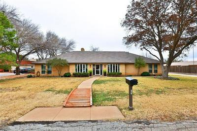 26 GREEN BAY CIR, Abilene, TX 79602 - Photo 1