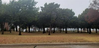 2425 MOUNTAIN VIEW CT, Cedar Hill, TX 75104 - Photo 1