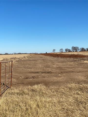 6 DIXIE RD, Whitesboro, TX 76273 - Photo 2
