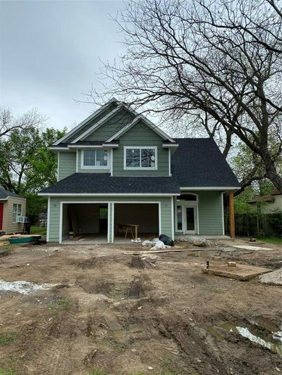 932 N ANGLIN ST, Cleburne, TX 76031 - Photo 1