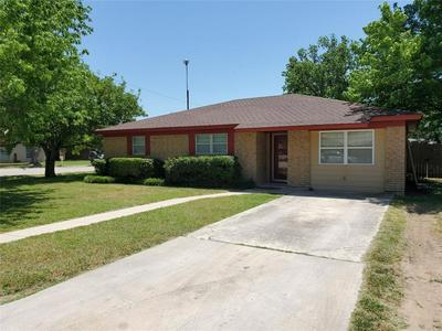 1009 TERRACE DR, Bangs, TX 76823 - Photo 2