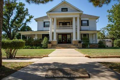 444 NW AVENUE A, Hamlin, TX 79520 - Photo 1
