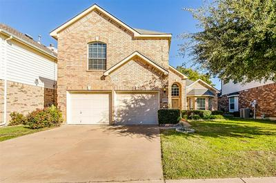 4920 CORAL CREEK DR, Fort Worth, TX 76135 - Photo 1