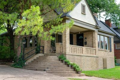6819 VIVIAN AVE, Dallas, TX 75223 - Photo 2