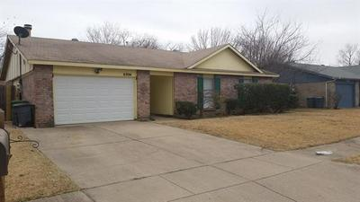 6904 LINCOLNSHIRE LN, North Richland Hills, TX 76182 - Photo 1
