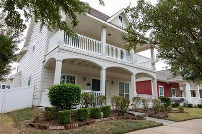 909 WENK DR, Savannah, TX 76227 - Photo 2