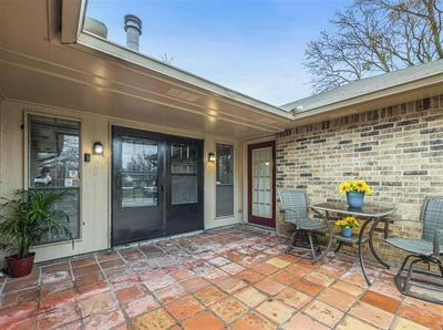407 MCKINLEY ST, Cedar Hill, TX 75104 - Photo 1