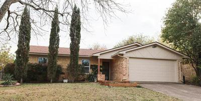 1424 TRAMMELL DR, Benbrook, TX 76126 - Photo 2