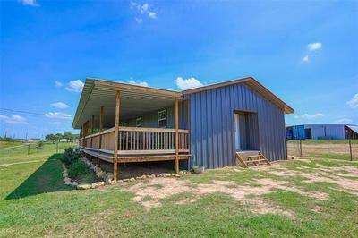365 COUNTY ROAD 1180, Alvord, TX 76225 - Photo 2