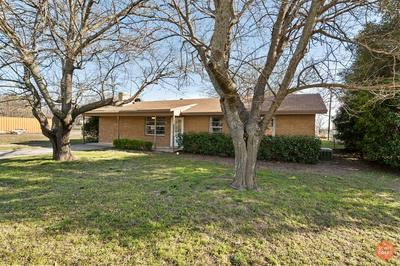 201 POCO ST, Bangs, TX 76823 - Photo 2