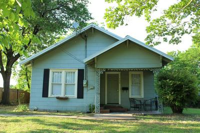 706 SYCAMORE ST, Commerce, TX 75428 - Photo 1