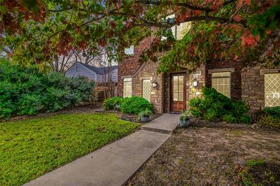 4634 EL CAMPO AVE, Fort Worth, TX 76107 - Photo 2