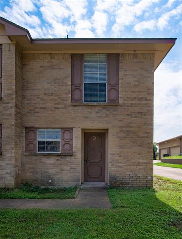 7808 ASHE CT APT D, Fort Worth, TX 76112 - Photo 1