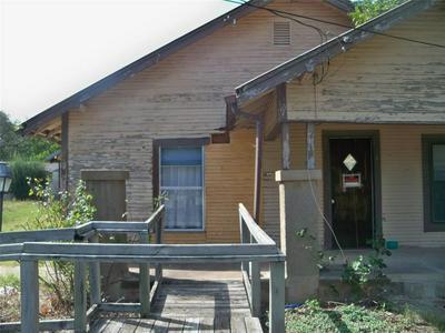 415 W 2ND ST, Coleman, TX 76834 - Photo 1
