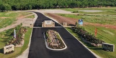 320 KENYON CT, Granbury, TX 76049 - Photo 2