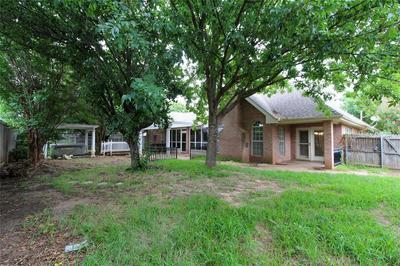 817 WATERS EDGE DR, Abilene, TX 79602 - Photo 2