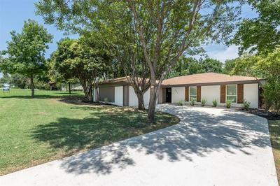 331 PENINSULA DR, Lakewood Village, TX 75068 - Photo 2