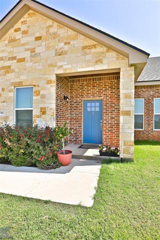 6702 HILLSIDE CT, Abilene, TX 79606 - Photo 1