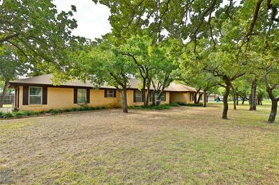 309 SHALIMAR DR, Clyde, TX 79510 - Photo 2