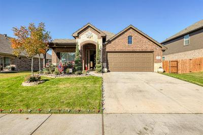 2516 WEATHERFORD HEIGHTS DR, Weatherford, TX 76087 - Photo 1