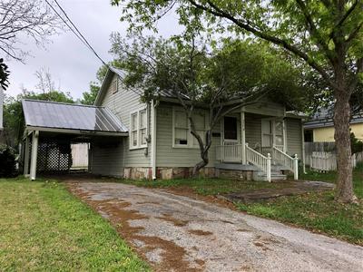 204 N REAGAN ST, HAMILTON, TX 76531 - Photo 1