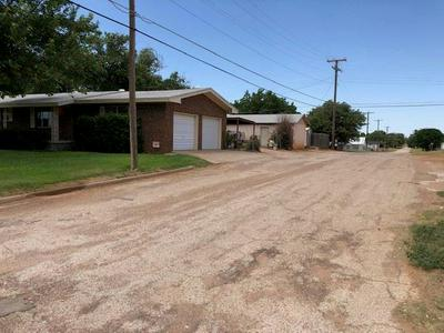 411 E BURNSIDE ST, Rotan, TX 79546 - Photo 2