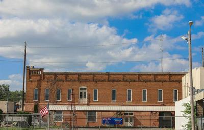 210 N MAIN ST, Winnsboro, TX 75494 - Photo 2