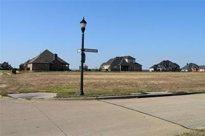 1045 BENT TREE LN, Gunter, TX 75058 - Photo 2