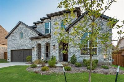 1074 CABINSIDE DR, Roanoke, TX 76262 - Photo 2