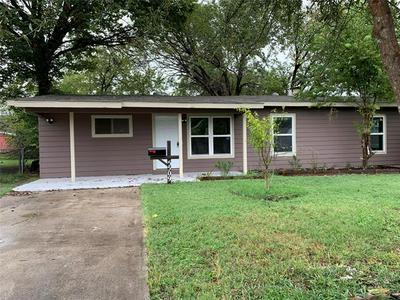 5509 BURTON AVE, Fort Worth, TX 76119 - Photo 2