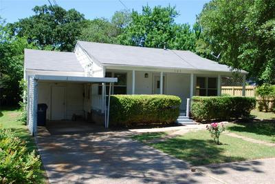 105 N SULPHUR ST, Kennedale, TX 76060 - Photo 2