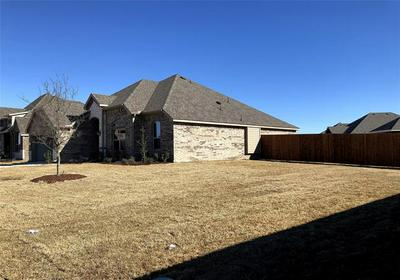 153 LANDSDALE CIR, Forney, TX 75126 - Photo 2