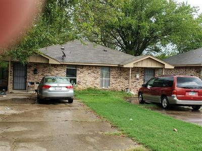 1003 TIERNEY RD, Fort Worth, TX 76112 - Photo 1