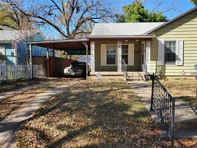 1125 N CHANDLER DR, Fort Worth, TX 76111 - Photo 2