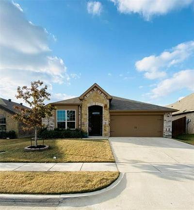 2516 OLD BUCK DR, Weatherford, TX 76087 - Photo 1