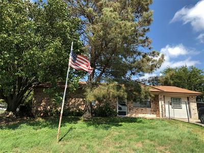 105 ARROWHEAD ST, Fort Worth, TX 76108 - Photo 2