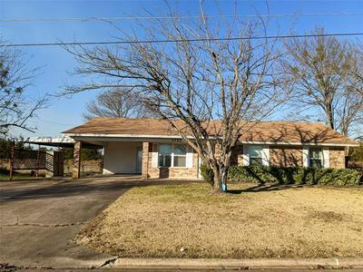 1721 HORSESHOE CIR, Clarksville, TX 75426 - Photo 1