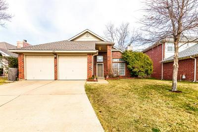 1361 HONEYSUCKLE LN, Lewisville, TX 75077 - Photo 2