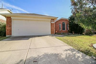 11904 GOLD CREEK DR E, Fort Worth, TX 76244 - Photo 2