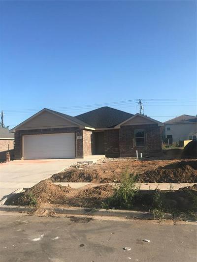 5717 FOXFIRE DR, Abilene, TX 79606 - Photo 2