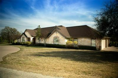 301 FAIRWAY AVE, EASTLAND, TX 76448 - Photo 2