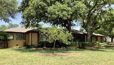 500 S DIXIE ST, Eastland, TX 76448 - Photo 2