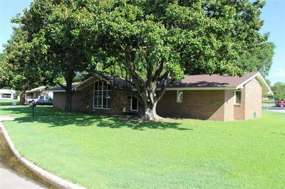 908 PEBBLE ST, Bowie, TX 76230 - Photo 2